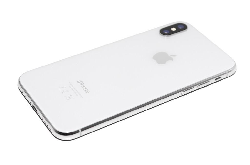 IPhone 5 tapana kytkeä iTunesin